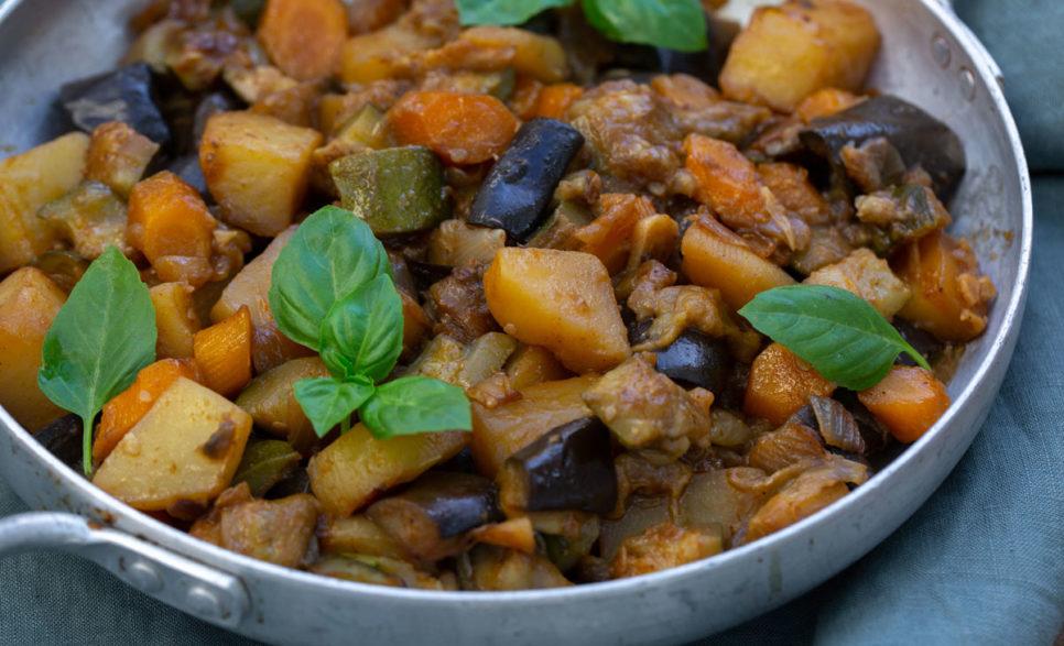 גיבץ' – תבשיל ירקות בלקני