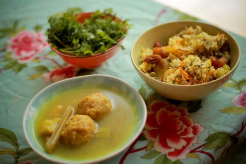 מרק ירקות עם גונדי